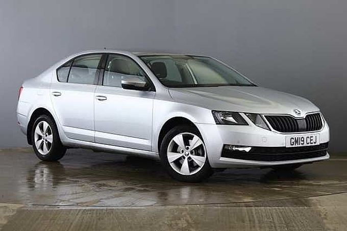 SKODA Octavia Hatch 2017 1.0 TSI SE Tech DSG (115PS)